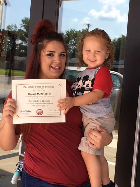 Morgan Roseberry receives her diploma after completing the Phlebotomy program and receiving her Registered Phlebotomy Technician (RPT) certification.