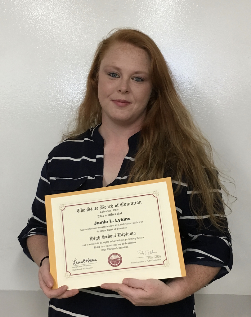 Jamie Lykins completed the Phlebotomy program, not only earning her Registered Phlebotomy Technician certificate, but, also obtaining her Adult Diploma.  Way to go Jamie!
